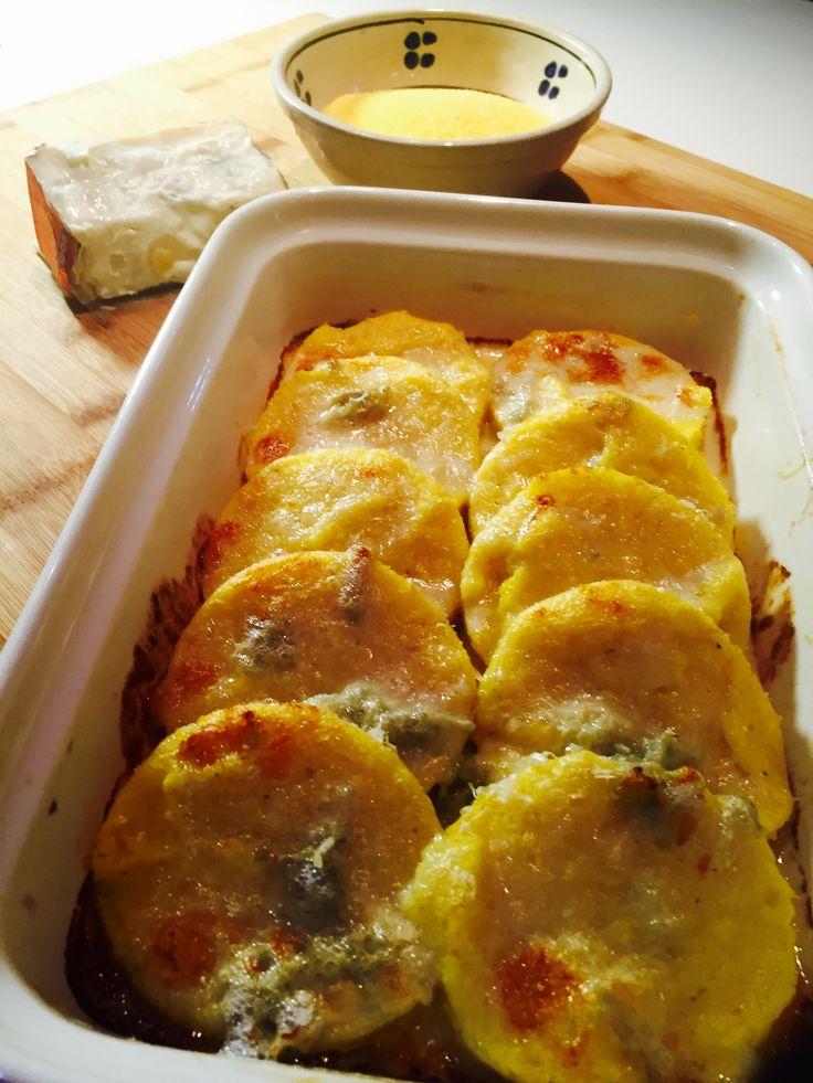 Gnocchi di polenta con fonduta di gorgonzola - Polenta gnocchi with gorgonzola