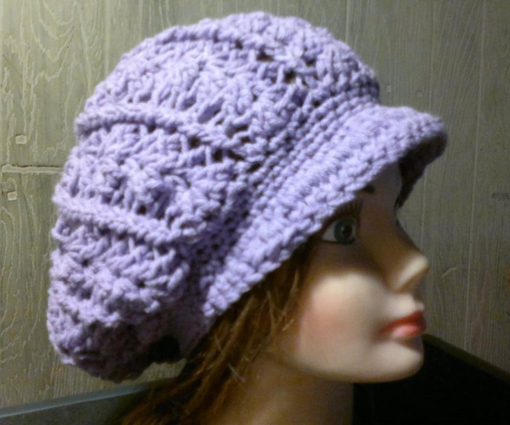 Free Crochet Newsboy Slouch Hat Pattern. Very easy to make.