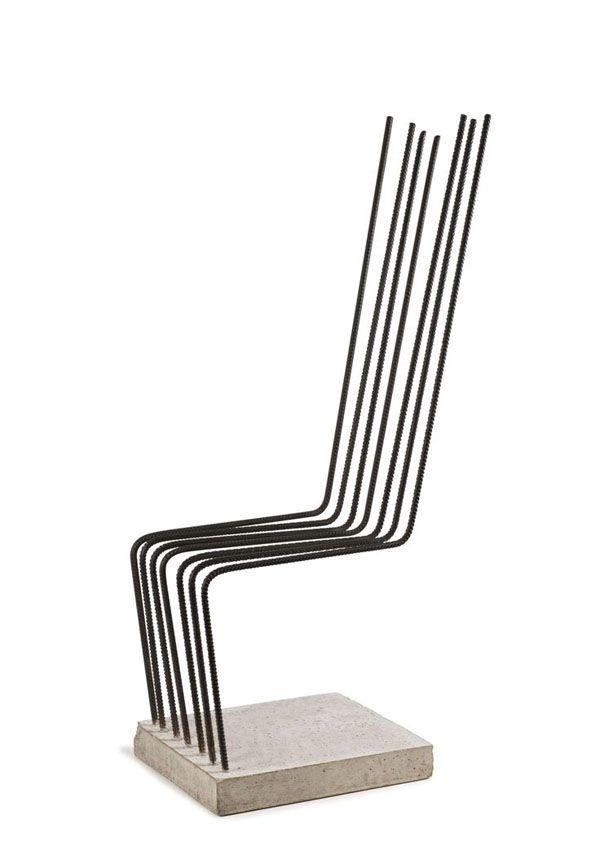 concreto e vergalhões cadeira por Heinz H. Landes