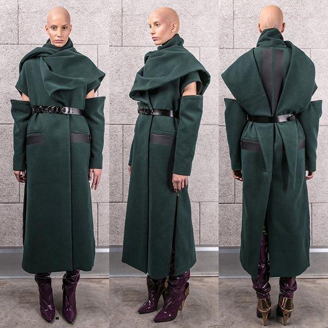 Instagram media by jspfashion - aw2017#greencoat #wrappedup #scarfcollar #lilushoesbydanijelabiskup #leatherdetails #inthestore #identitystore #zoofa