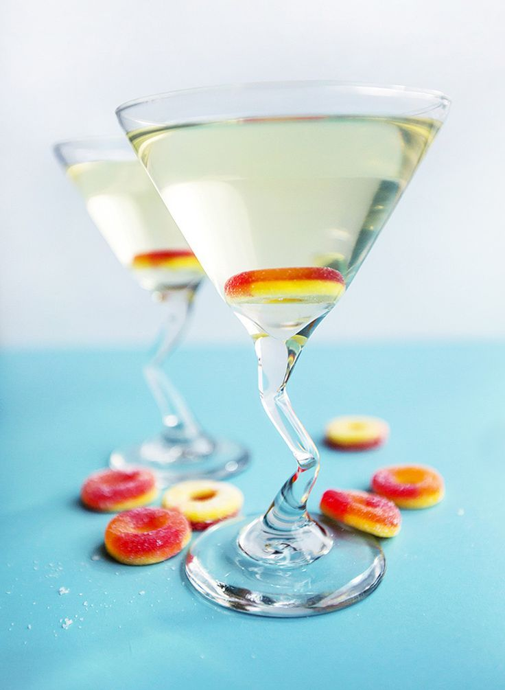 A delicious recipe for sweet peach martinis.