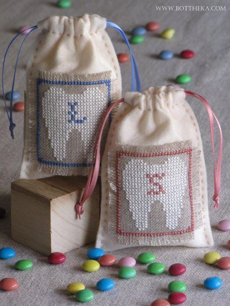 Little milk tooth bags cross stitch FREE http://bottheka.com/en/little-milk-tooth-ii