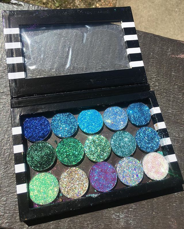 """The """"Atlantis"""" palette is live now on my Etsy! ✨                              …"""