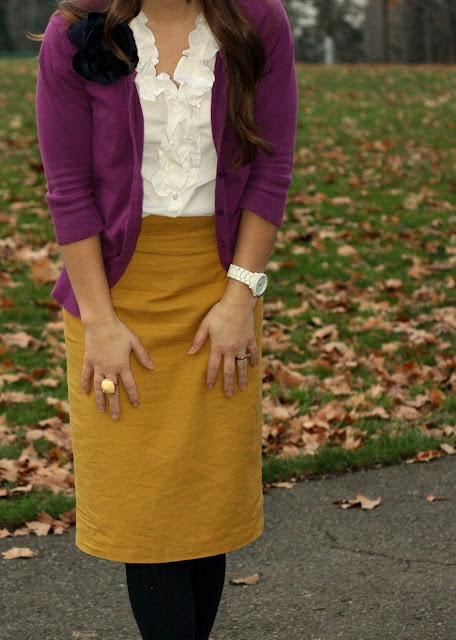 mustard and purple. (I could possibly do a mustard skirt since is not next to my face/hair, I think ... will have to try).