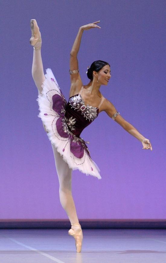 Developpe. Perfect. #ballet #purpletutu