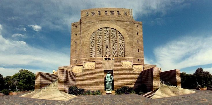 Monument erected in honor of the Voortrekkers who left the Cape Colony in their thousands 1835-1854 in order to colonize other areas of South Africa today.