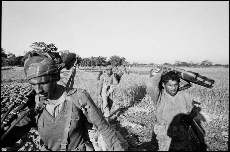 https://flic.kr/p/Cipki5 | Abbas Attar | Pakistani troops retreating from Boda, north of Saidpur, East Pakistan after offensives by Bengali & Indian Joint force; December, 1971.