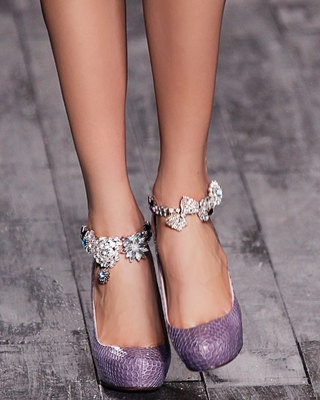 Best Fall Runway Accessories Nina Ricci - Flare.com