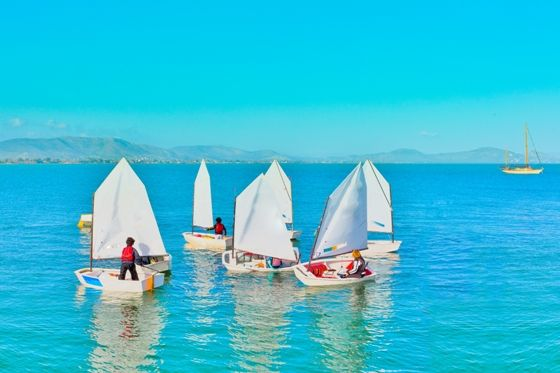 Visit Greece | Summer holidays with your family #summer #activities #watersports #sailing