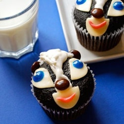 Skunk cupcakes. These could be good, too.