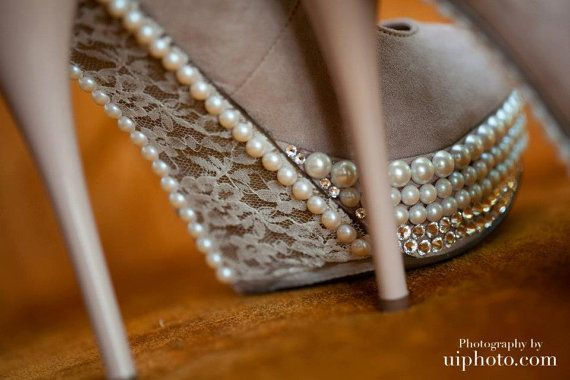 Beautiful lace Wedding Pumps by Allfortheglam on Etsy