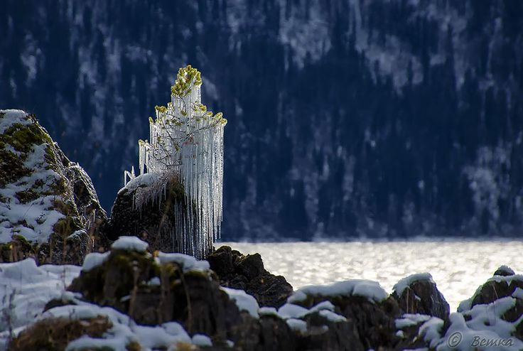 Sculptural Ice And Snow Formations Shaped Into Art by Nature