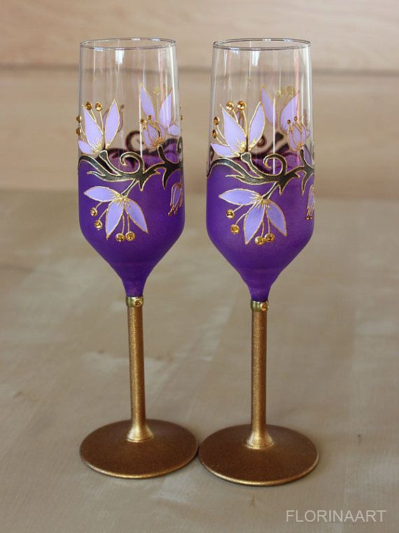 Champagne Flutes Purple Wine Glasses Wedding Glasses by FLORINAART