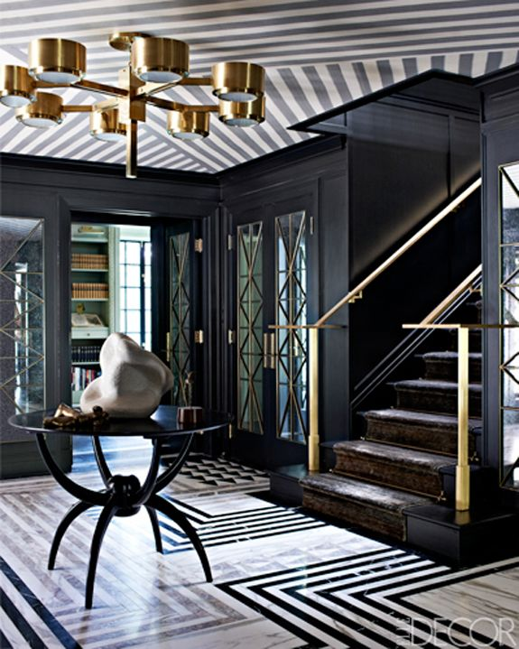 Love this Kara Mann design foyer (think this is in or near Chicago, IL)