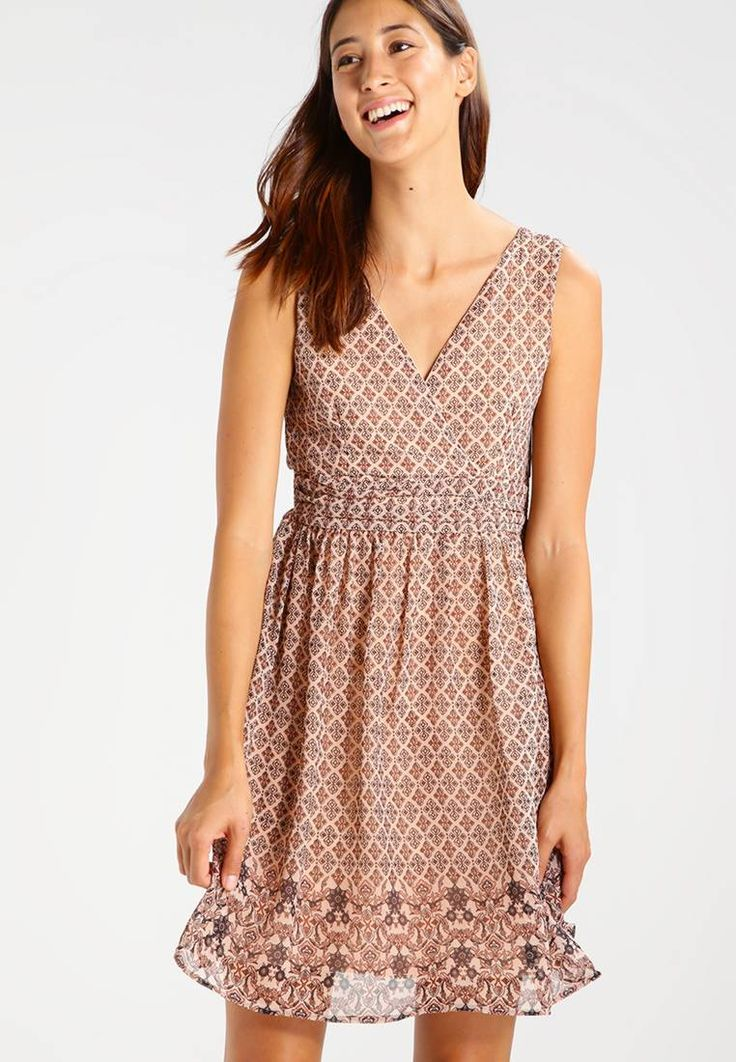 """Vero Moda. VMNABIA BORDER - Summer dress - misty rose. Fit:tailored. Outer fabric material:100% polyester. Our model's height:Our model is 71.0 """" tall and is wearing size 10. Pattern:Print. Care instructions:do not tumble dry,machine wash at 30°C,A shr..."""