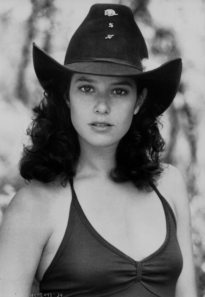 Debra Winger Nude Photos 50