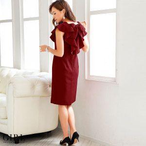 GIRL カーラドレス ●価格 9,800円(税込)●サイズ:S/M/L/2L ●カラー:ワインレッド/ネイビー