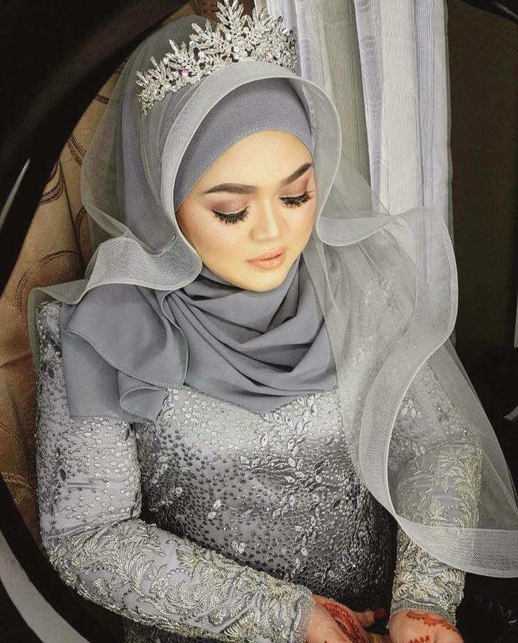 selamat pengantin baru dear!!! #fullpackage dari #zamrimatouchweddings ...baju dan veil style dari #zamrimat #zamrimatkualalumpur ... #makeup dari @marinaz_gorgeous 😱😱😱😊😊😍😍😘😘😘