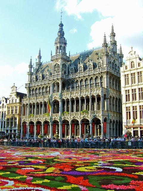 Grand Place, Bruxelles, Belgique - Belgium - @ www. mostbeautiful.com.