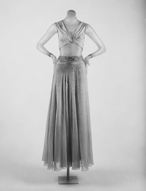 Evening dress Designer: Madeleine Vionnet  (French, Chilleurs-aux-Bois 1876–1975 Paris) Date: spring/summer 1932