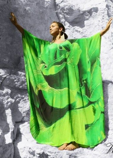 Ravishing silk kaftan with a spiral of flowers petals embellished with crystal – Paris In love Green