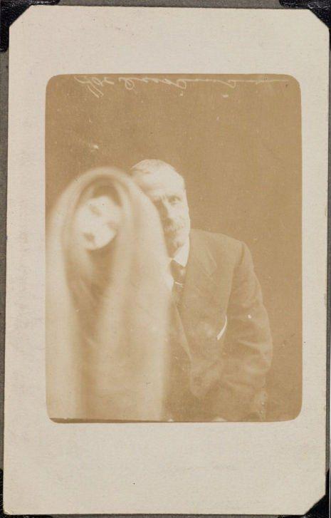 des fantômes dans des photos en 1905 par William Hope   des fantomes dans des photos par william hope 1905 1922 photographies d esprits 14