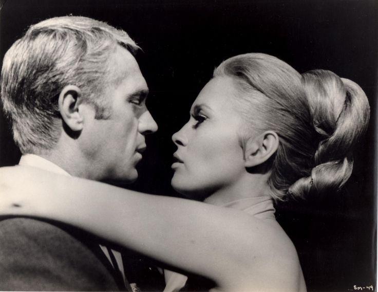 """Nouveauté du jour, les sublimes Steve et Faye dans """"l'Affaire Thomas Crown"""" , tirage de 1968."""