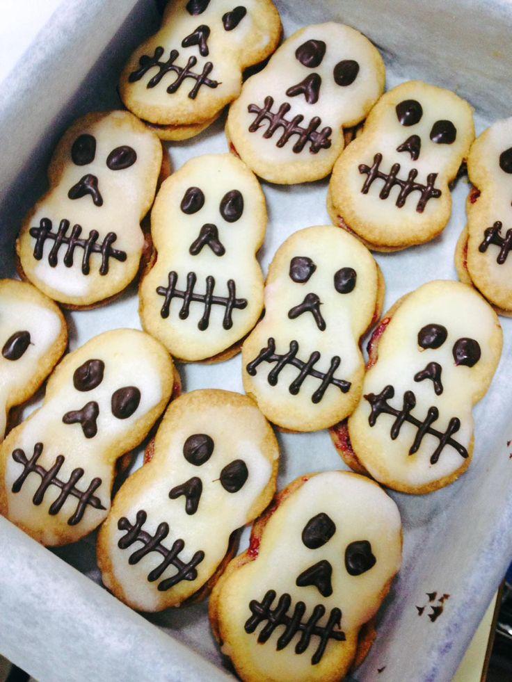 41 best HALLOWEEN images on Pinterest Halloween labels Halloween