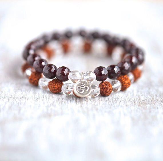 Bracelet beaded/Garnet/Clear