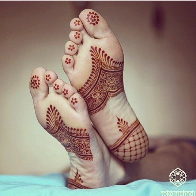 Cute #henna inspiration from @tokomehndi. #mehndi #Repost #wedding #indianweddings