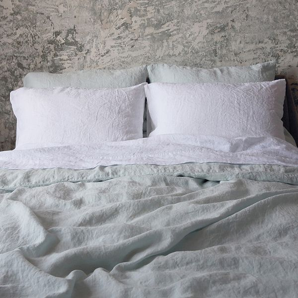 Highest quality Ice Blue Washed Bed Linen Duvet from LinenMe shows elegance, style and sophistication of the owner. Buy similar LinenMe products in range.