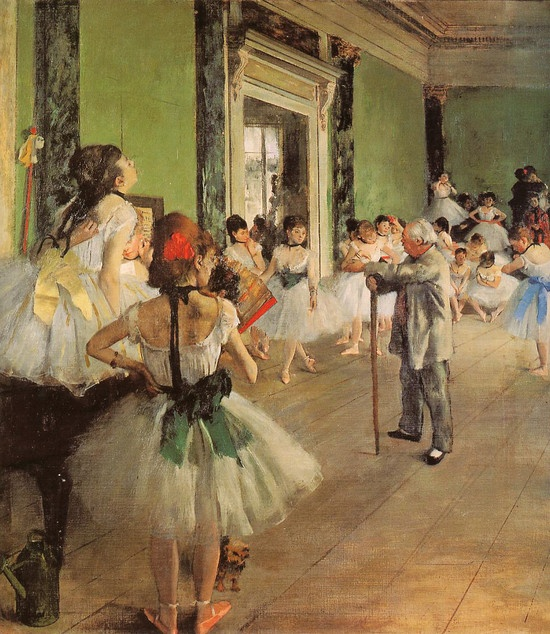 <발레 교습>, Edgar Degas 作    지팡이에 손을 올려놓고 춤을 추는 소녀들을 바라보고 있는 노인의 성격은 주변의 소녀들의 태도로 알 수 있다. 피아노 위에 앉아 있는 노란색 리본을 맨 소녀는 그를 지루하다는 듯이 바라보고 있다. 또한 그 옆의 소녀도 팔을 허리 위에 올리고 그를 바라봄으로써 같은 감정을 표현하고 있다. 그의 앞에 있는 소녀들의 부드러운 몸동작과 대비되는 그의 딱딱한 자세는 춤에 대해서 그가 까다롭고 완벽을 추구하는 성격을 가졌을 것 같은 느낌을 준다.
