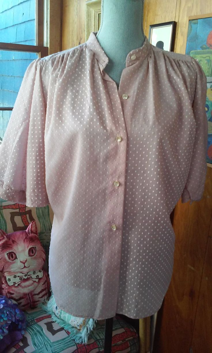 70s BLUSH PINK BLOUSE--Swiss Dots--Huge Dolman Sleeves by VINTAGELOVERGIRL on Etsy