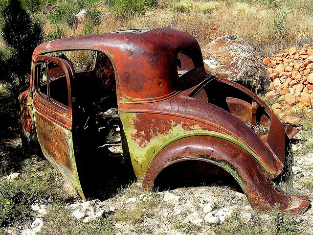 find this pin and more on abandoned fixer upper cars by hbeukers rusty old cars