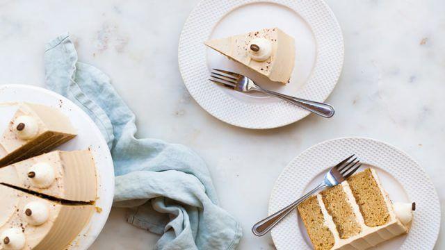 طرز تهیه دسر بیسکویت یخچالی طرز تهیه دسر بیسکویت یخچالی بدون پخت No Bake Biscuit Cake Cappuccino Cake Biscuit Cake