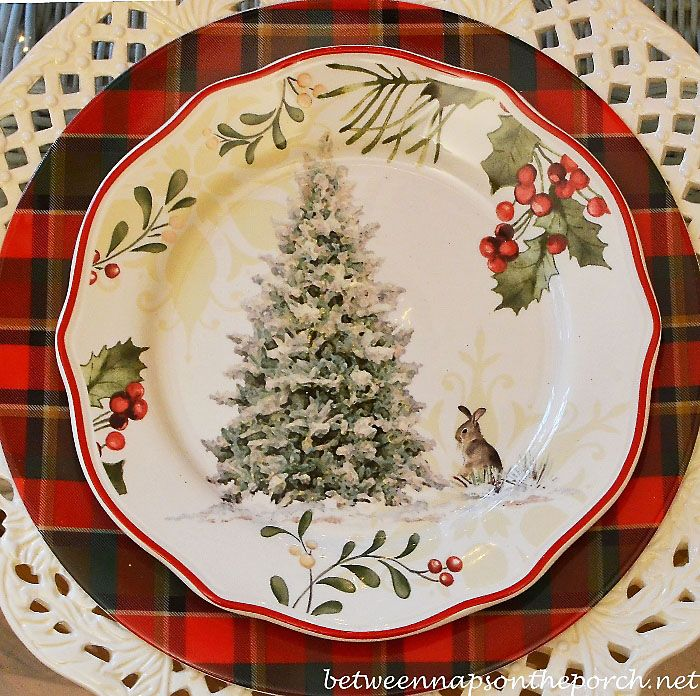 A Christmas Table Setting Inspired by Nature