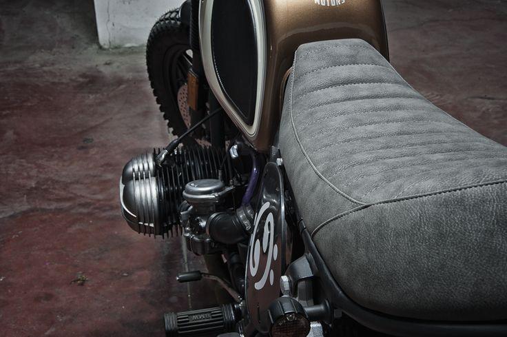 Scrambler Bmw R65 Boxer Bass   by Motorecyclos made in italy #motorecyclos #caferacer #scrambler #bmwmotorrad #bmwcaferacer