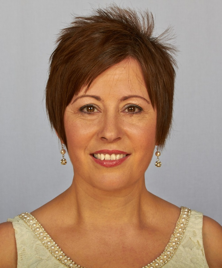 Aurora Ward | NZ Celebrant | Business Headshots | Belmont Portrait Studio