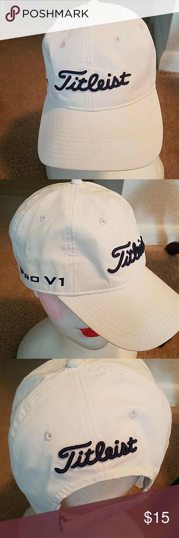 TITLEIST GOLF CAP Pre owned in good condition but does show light wear on the inside. titleist Accessories Hats