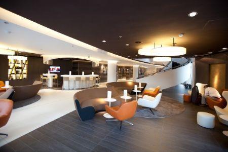 Architectura - BASWAphon verenigt akoestisch comfort en design in het Pullman Hotel in Brussel / SONOGAMMA