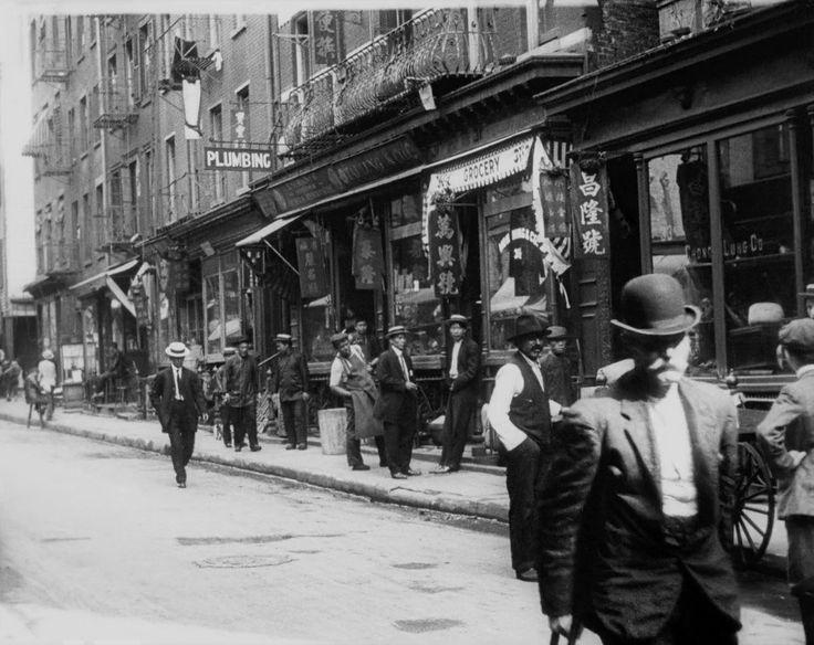 Rare footage shows what New York City looked like in 1911 http://uk.businessinsider.com/new-york-1911-moma-video-2017-6?r=US&IR=T&utm_content=bufferd3861&utm_medium=social&utm_source=pinterest.com&utm_campaign=buffer