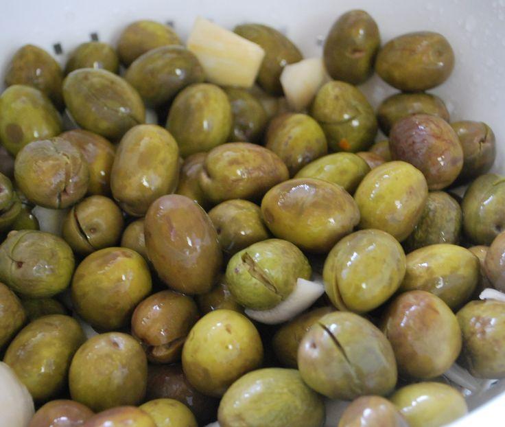 Italian Homemade Green Olives