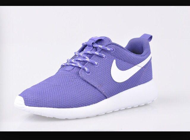 Purple roshes · Chaussures De LuxeChaussures De CourseChaussures FemmesSoulierEnvieBasket  ...