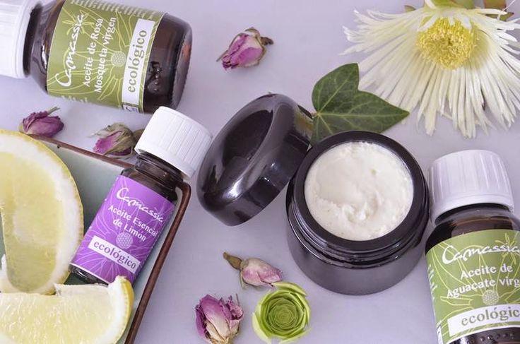 ¿Como hacer cremas faciales antimanchas en casa? Para preparar una crema…