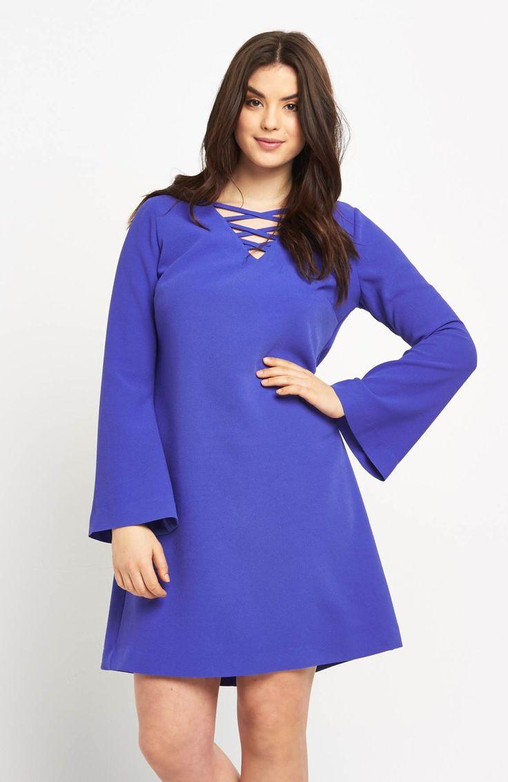 Śliczna sukienka w modnym kolorze marki So Fabulous, dostępna od roz. 42 do roz.60, 269 zł na http://www.halens.pl/moda-damska-rozmiary-specjalne-na-gore-5828/sukienka-575706?imageId=398446&variantId=575706-0003