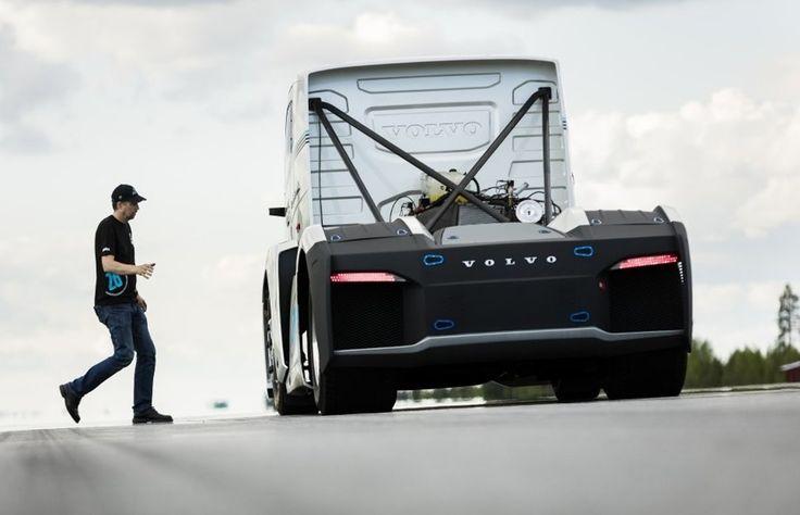 Volvo sa chystá s upraveným ťahačom prekonať rýchlostné rekordy.