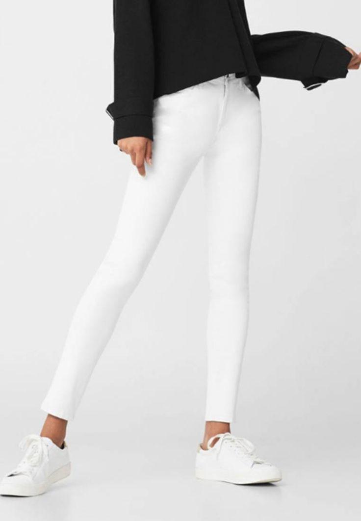 Mango. BELLE - Jeans Skinny Fit - white. Avvertenze:Non asciugare in asciugatrice,Lavaggio a macchina a 30 gradi. Composizione:98% cotone, 2% elastan. Materiale:Jeans. Lunghezza:fino alla caviglia. Vita:normale. Chiusura:Cerniera nascosta...