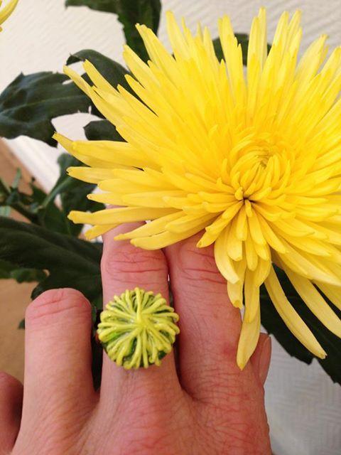 Chrysanthemen-Ring von dbeads