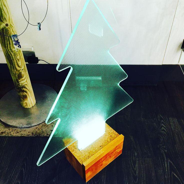 #glasstree #christmas #studiosbam #sbam #material #glass #design