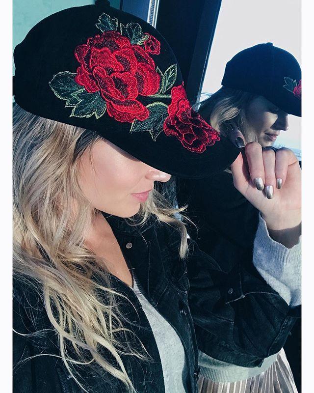 Life is like a Flower. If u don't take care of it it will Fade. #flowerhat #kattiva #finalsale